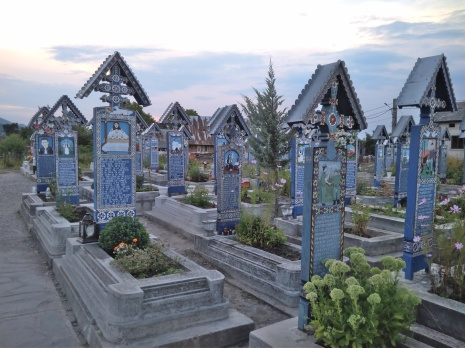Veselý hřbitov v Sapantě, Rumunsko