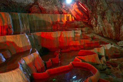 Jeskyně Stopica, Srbsko