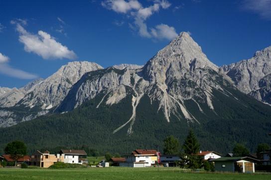 Pohled na Alpy u Garmisch Partenkirchenu