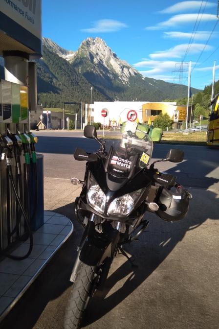 Na rakouské benzínce