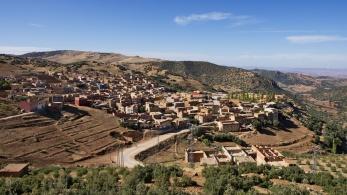 Horská vesnice u silnice P3124