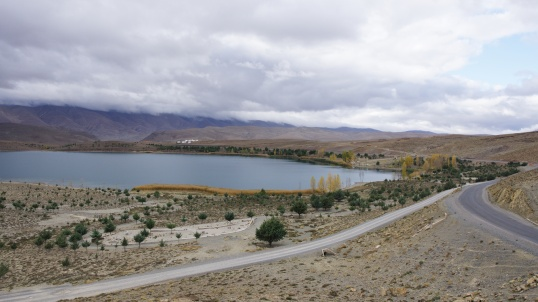 Jezero Tislit po ránu