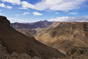 Dech beroucí pohled na horskou krajinu