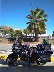 Na benzínce v slunečném Španělsku