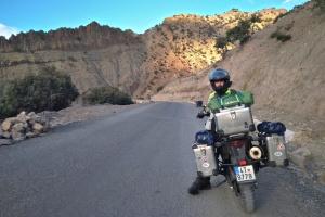 Cestou k jezeru Tislit jsme několikrát zastavovali